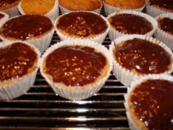 Rezept: Kirsch-Nuss-Muffins