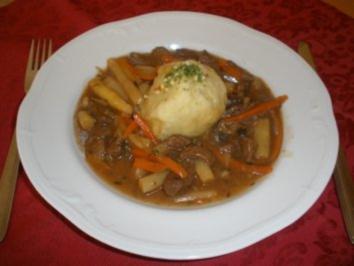Fleischgerichte - Rindsragout mit Spargel - Rezept