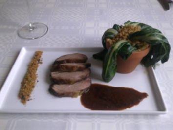 """Lammhüfte, Schokoladenline, Rotweinsauce und eine """"verwelkte Topfpflanze"""" - Rezept"""