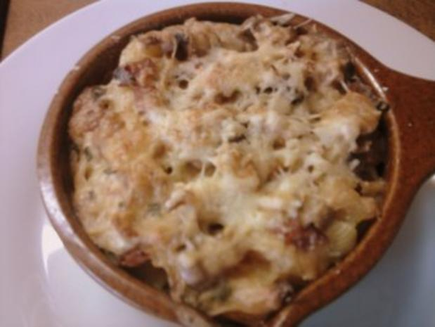 Zwiebel-Sahne-Pasta gratiniert - Rezept - Bild Nr. 2