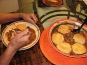 Bohnen mit Biscuits - Ein einfaches Amerikanisches Bauern Essen und jeder liebt Biscuits - Rezept