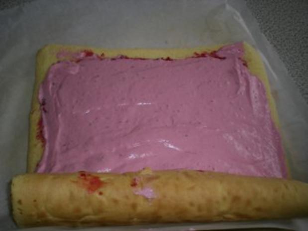 Grundrezept: feine Biskuit Roulade  - Rezept - Bild Nr. 7