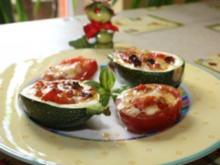 Gefüllte Zucchini mit eingelegtem Feta und Tomaten - Rezept