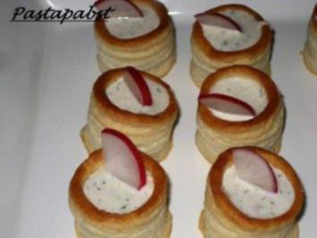 Rezept: Antipasti-Blätterteigpasteten mit Thunfischcreme