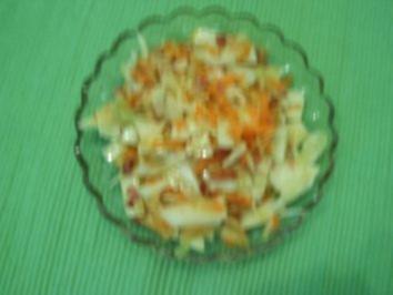 Weißkraut-Möhren-Apfelsalat - Rezept