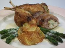 gefüllte Entenkeulchen mit karamellisiertem Spargel, Gitterkartoffeln und Parmesan-Prosecco-Sauce - Rezept