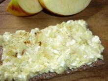 Apfel-Hüttenkäse - Rezept