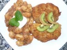 Gnocchi mit Feigen-Sauerkraut zu Putenschnitzeln im Parmesan - Semmelmantel - Rezept