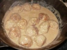 Schweinehack mit Bratwursthack - gebacken als Baellchen - kleine fuer Parties - Rezept