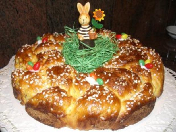 Hefe:   HEFEKRANZ zum Osterfrühstück - Rezept