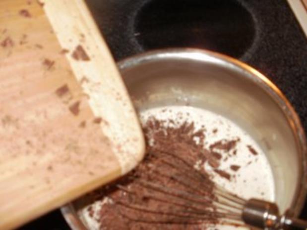 Schokolade: Dieser Dessert ist fuer ein Koenig - wo Schokolate liebt - die Sahne macht das einfach toll - Rezept - Bild Nr. 4