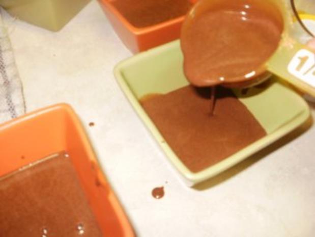 Schokolade: Dieser Dessert ist fuer ein Koenig - wo Schokolate liebt - die Sahne macht das einfach toll - Rezept - Bild Nr. 5