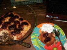 Kuchen- Obst- Umgedrehter Pflaumenkuchen- Schnell gebacken mit meinen ueberigen Pflaumen im Gefriehrfach - Rezept