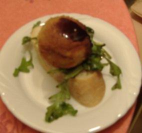 Montadito mit fritiertem Ziegenkäse und Aubergine - Rezept