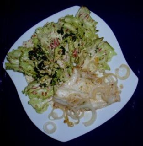 Schollenfilet Natur mit Gemüsezwiebel und Trevisana-Salat - Rezept - Bild Nr. 6