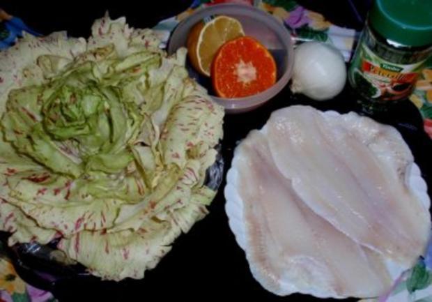Schollenfilet Natur mit Gemüsezwiebel und Trevisana-Salat - Rezept - Bild Nr. 2