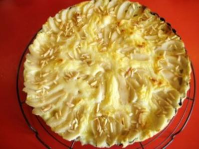 Tartes mit Birnen auf Vanille - Puddingcreme - Bett - Rezept