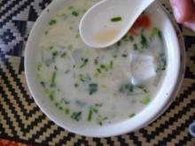 Tom Kha Kai - Thailändische Hühnersuppe mit Kokosnussmilch - Rezept