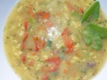Herzige Frühlingssuppe mit Safran-Maisnudeln und Sauerampfer - Rezept