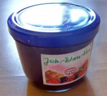 Einmachen: Beeren-Marmelade aus Johannisbeeren, Blaubeeren und Himbeeren - Rezept
