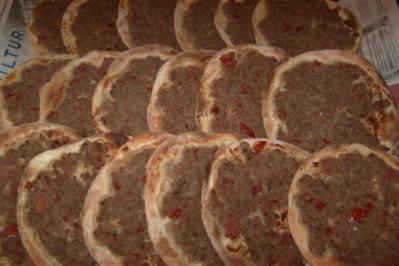 libanesische Hackfleischpizza