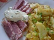 Bratkartoffeln mit Sülze und Remouladensoße - Rezept
