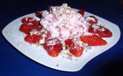 Erdbeer-Quark-Dessert - Rezept