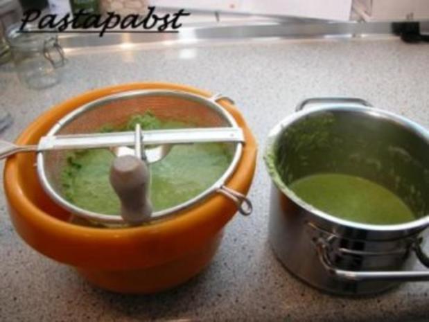 Erbsen-Curry-Suppe mit Minz Schaum - Rezept - Bild Nr. 3
