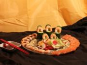 Salat mit Meeresfrüchten an Sashimi aus Lachs und Shrimps - Rezept