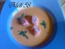 Suppen: Hummersuppe mit Lachs - Rezept