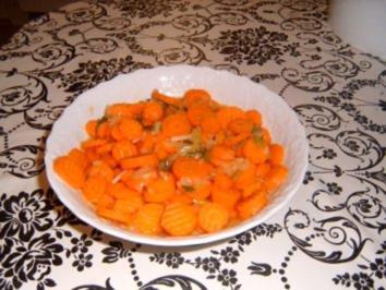 Pikanter Möhrensalat - Rezept