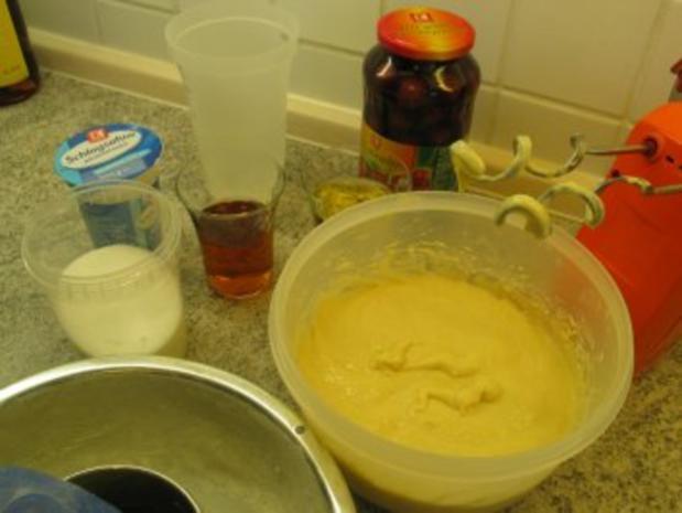 Süßspeisen + Desserts: Rum - Savarin - Rezept - Bild Nr. 2
