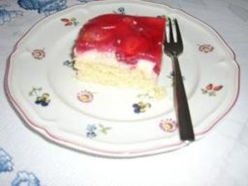 Kuchenmoms Erdbeerschnitten - Rezept