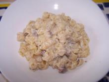 Nudeln mit Ricotta-Pilz-Sauce nach meiner ART - Rezept