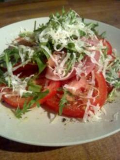Serrano- Rucola- Tomaten- Parmesan- Salat - Rezept