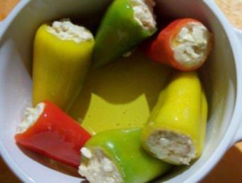 Rezept: Kochen: Spitzpaprika gefüllt mit Tofu und Schafskäse