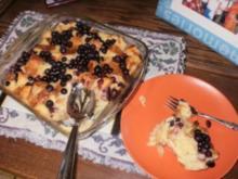 Obst- Heidelbeer Brot und Butter Pudding - einfach und lecker - leicht zu backen - Rezept