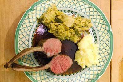 Lammcarré mit Wirsing und getrüffeltem Kartoffelpüree - Rezept