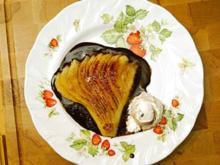 Karamellisierte Birnenfächer in Schokoladensoße - Rezept