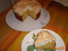 Rhabarberkuchen aus Rührteig mit Baiserhaube - Rezept