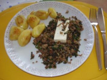 Hackfleisch mit Blattspinat - Rezept
