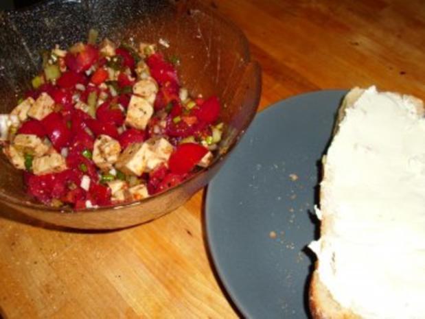 Tomaten-Schafskäse-Salat - Rezept - Bild Nr. 3