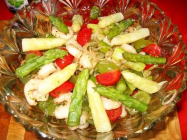 Spargelsalat  -  fruchtig mit Garnelen - Rezept