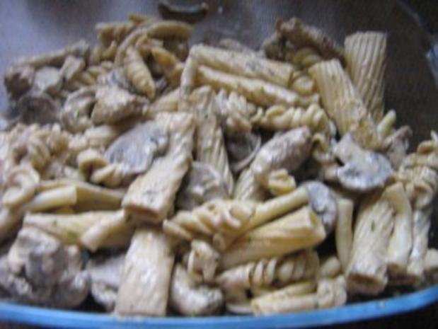 Nudel-Reisauflauf mit Pute und Gemüse - Rezept - Bild Nr. 2