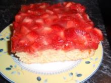 Erdbeer-Polenta-Schnitten - Rezept