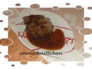 Rinderbug mit Rosinen - Zwiebelsoße - Rezept