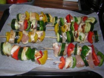 Grillspieße mit Hähnchenbrust und Gemüse auch für den Ofen - Rezept
