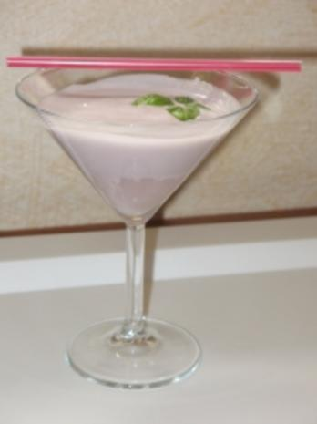 cocktail violette dream alkoholfrei rezept. Black Bedroom Furniture Sets. Home Design Ideas