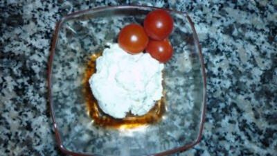 Sahniger Knoblauch-Kräuterfrischkäse - Rezept