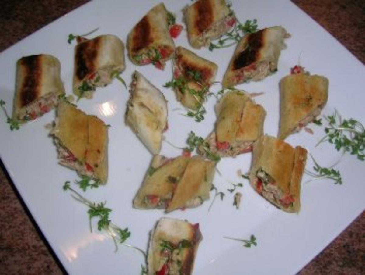Bilder für Thunfisch-Tramezzini-Rollen - eine sehr sehr leckere Vorspeise - - Rezept